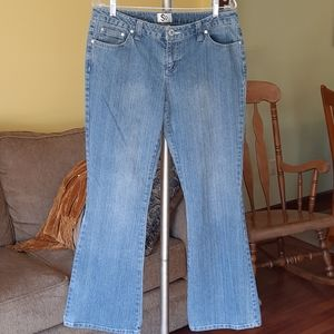 Junior's SO Flare Blue Jeans